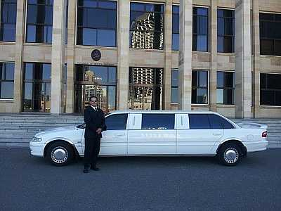 Costo noleggio limousine