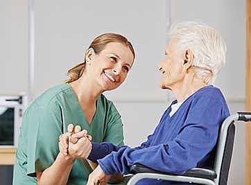 Frattura femore anziano riabilitazione
