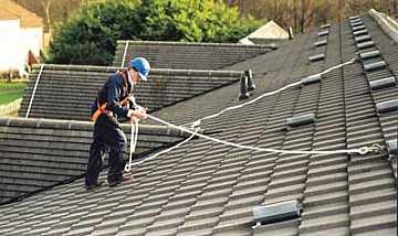 Normativa linee vita sui tetti