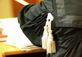 Foto articolo arresti domiciliari e lavoro
