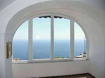 foto articolo finestre ad arco