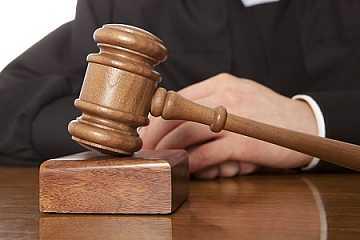 foto principale per articolo assistenza legale stranieri