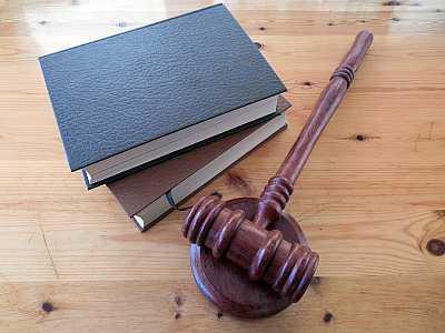 foto principale per articolo assistenza legale sfruttamento a lavoro