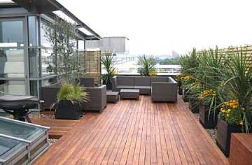 Foto articolo idee arredo terrazzi tendenza