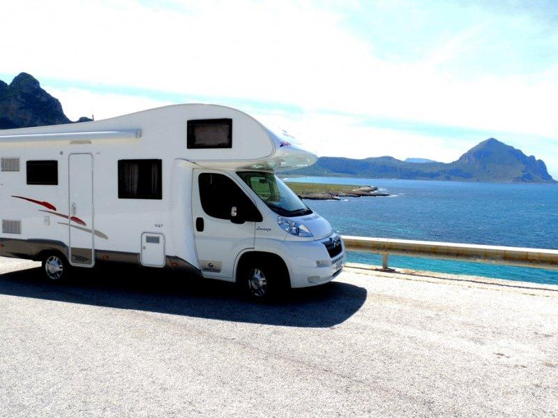 Camper and Tour Foto 1