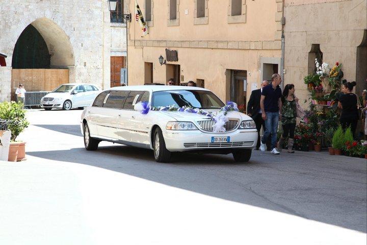 Noleggio limousine toscana Foto 13