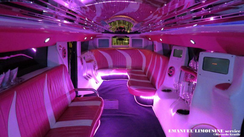 Noleggio limousine toscana Foto 7