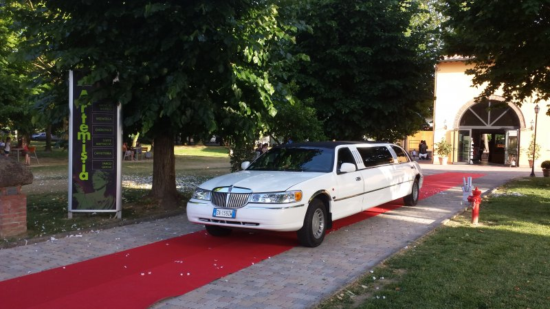 limousine service lucca Foto 1