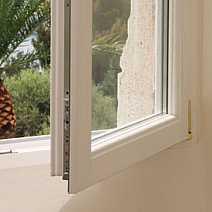 Trova il professionista ideale su - Montaggio finestre in pvc ...