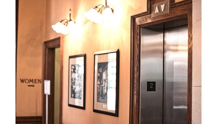 ascensori per edifici pubblici