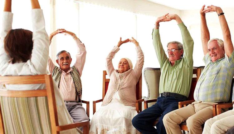 Case di riposo per anziani esercizi collettivi
