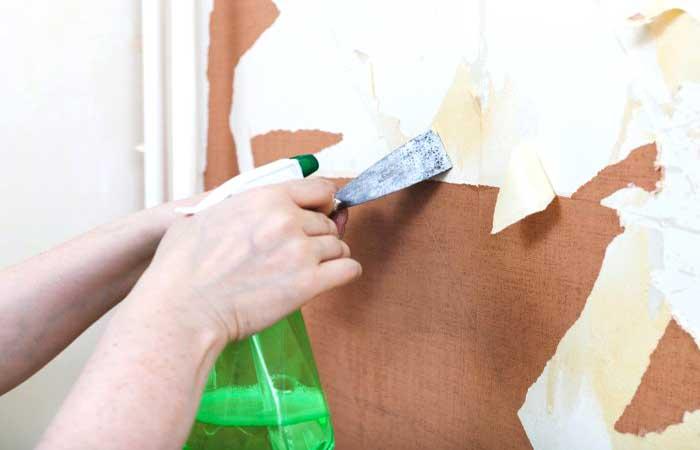 Come rimuovere la carta da parati sui muri