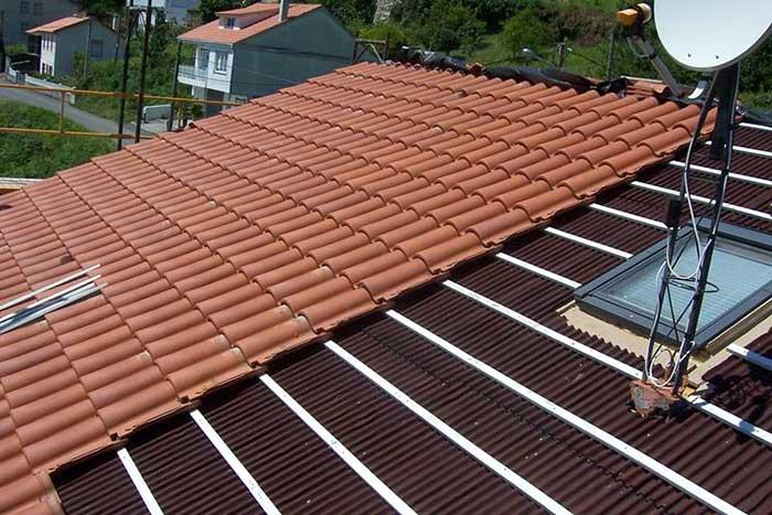 Copertura di un tetto tipologie di tegole