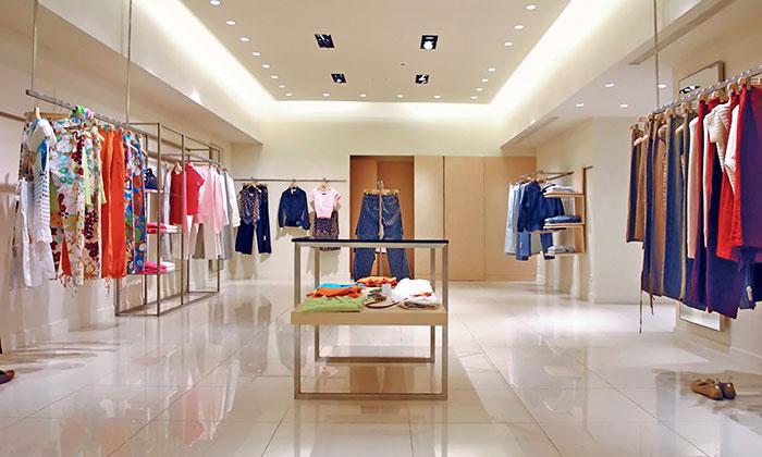 ristrutturazione negozio moderno prezzi