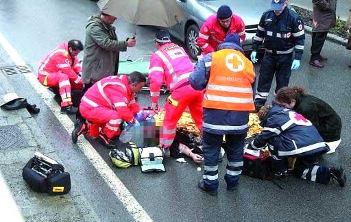 foto dei soccorsi dopo un incidente