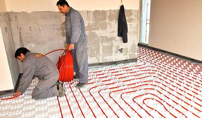 Messa in opera di un impianto di riscaldamento a pavimento