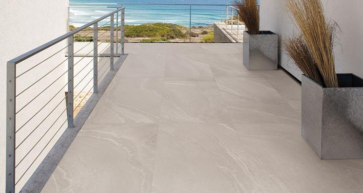 Pavimentazione per balconi: soluzioni per esterni