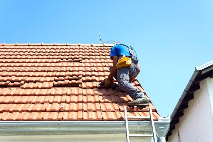 Rifacimento di un tetto  condominiale