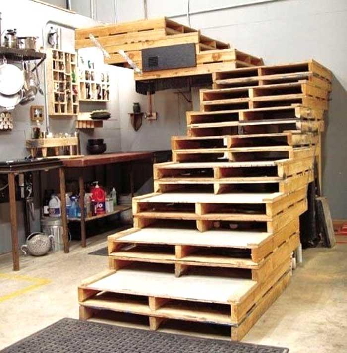 Ristrutturazione con materiali riciclati: bancali